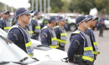 Soldados da polícia, veja como ser um através do Edital PMDF.